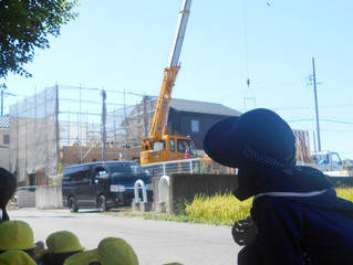 ナーシェリ大森:大きなクレーン車👀