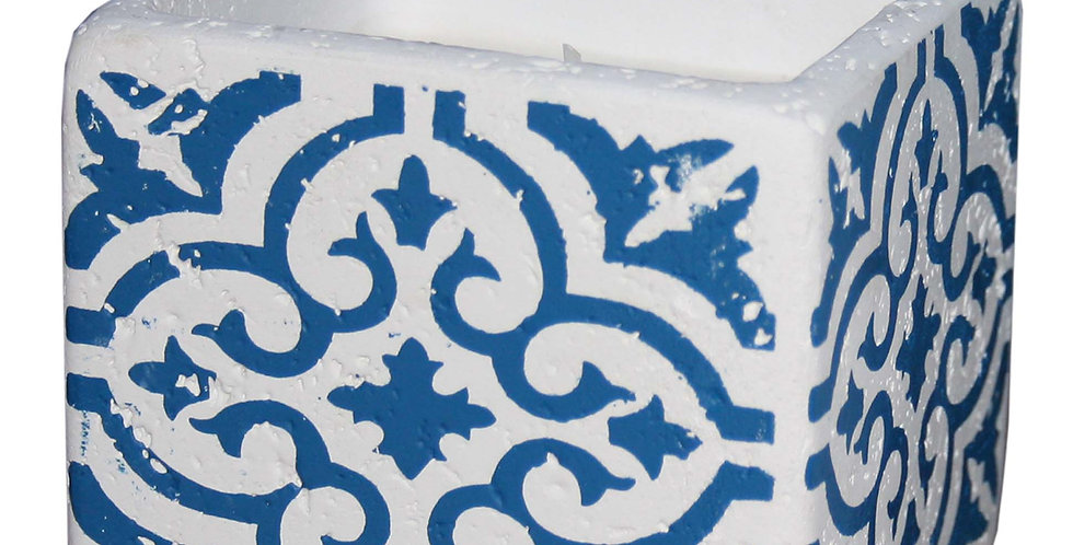 White And Blue Quatrefoil Patterned Cement Candle Pot