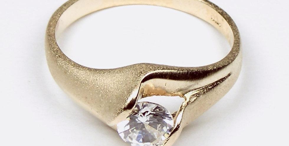 4887 Gold Satin Ring