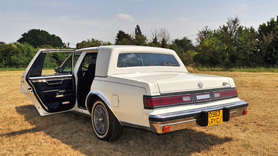 Madison - Town Car, Ivory