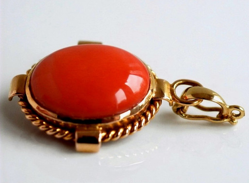 Simple and Stylish Jewellery
