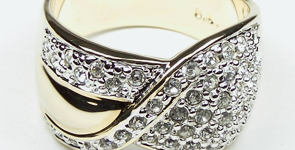 907 Fold Gold Diamante Ring