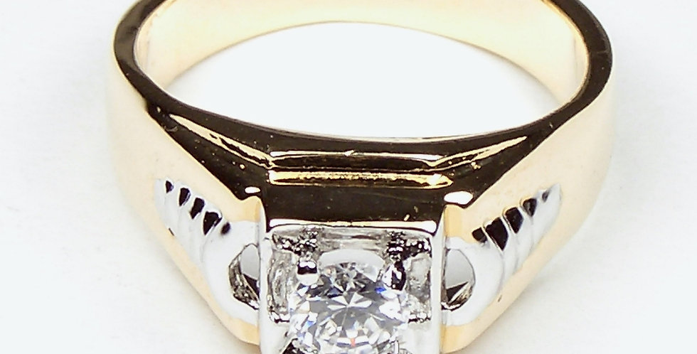2 Tone Arrows Zircon Ring