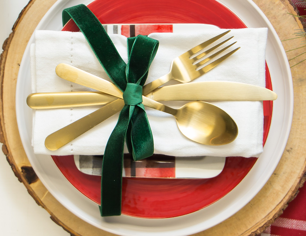Red & Green Christmas Place Setting
