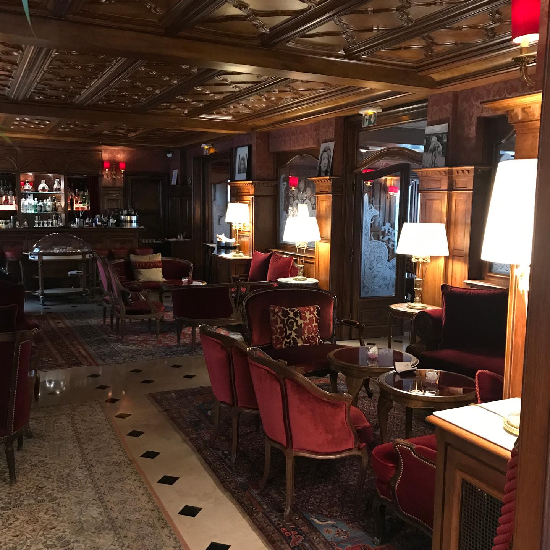 The English Bar at The Hotel Regina Louvre