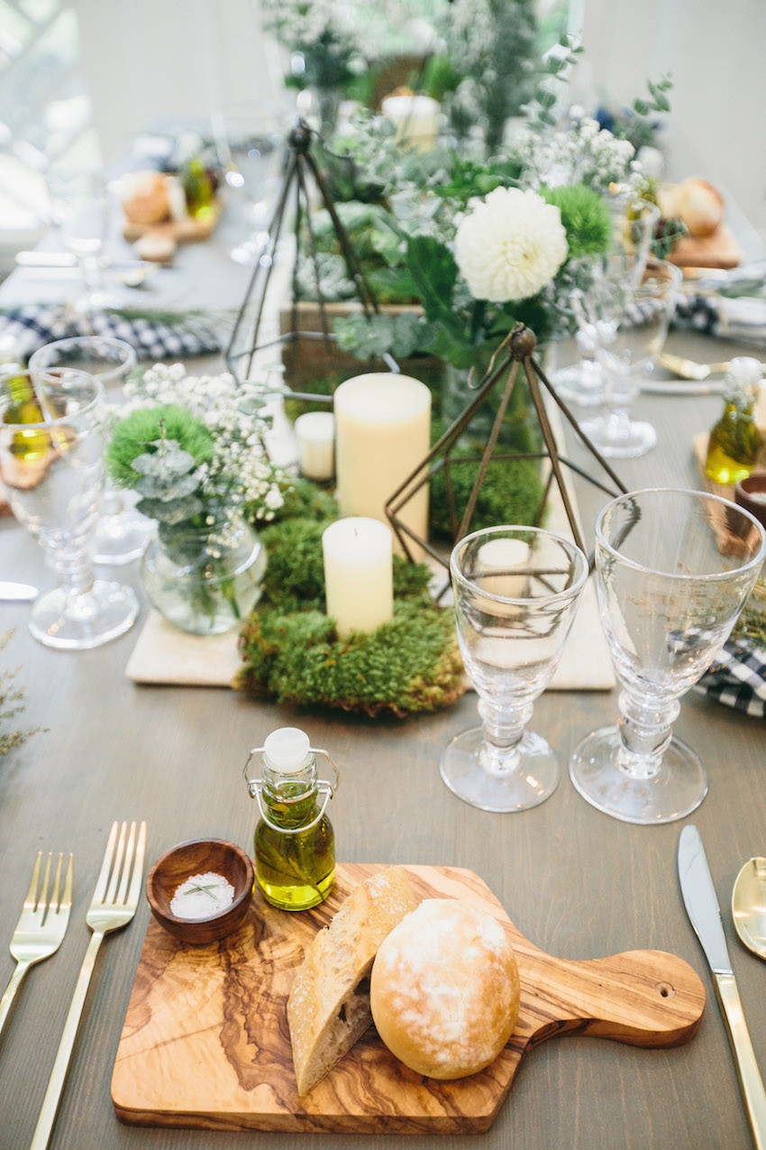 Outdoor Tablescape by Fashionable Hostess