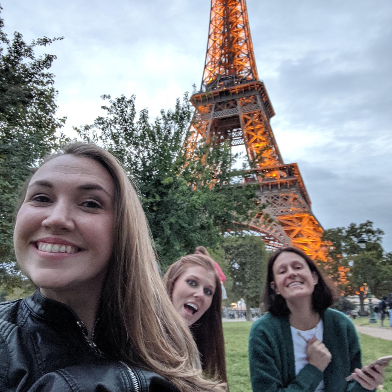 Laura Fox Interior Design Team Picnicking At The Eiffel Tower