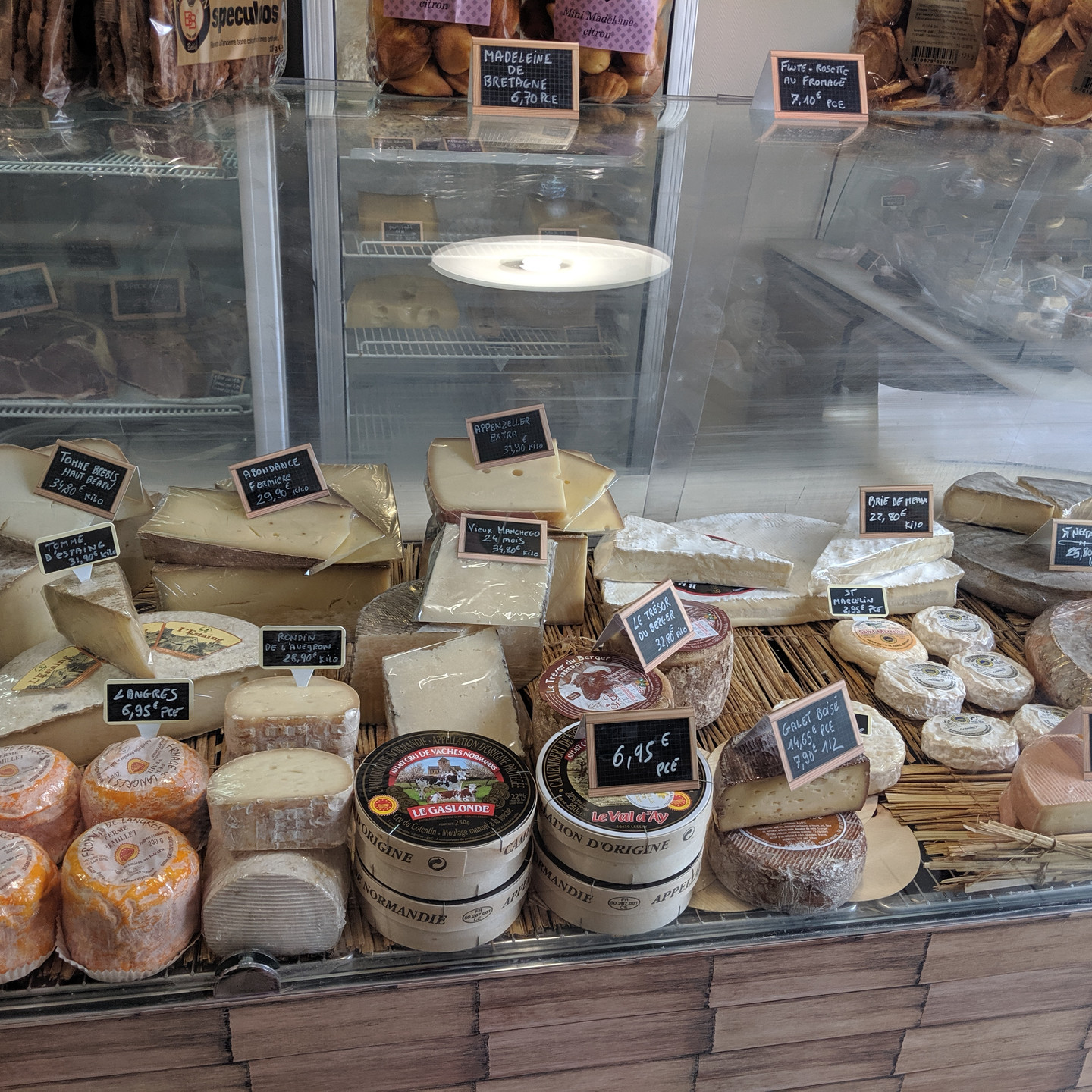Paris Fromagerie Cheese Shop