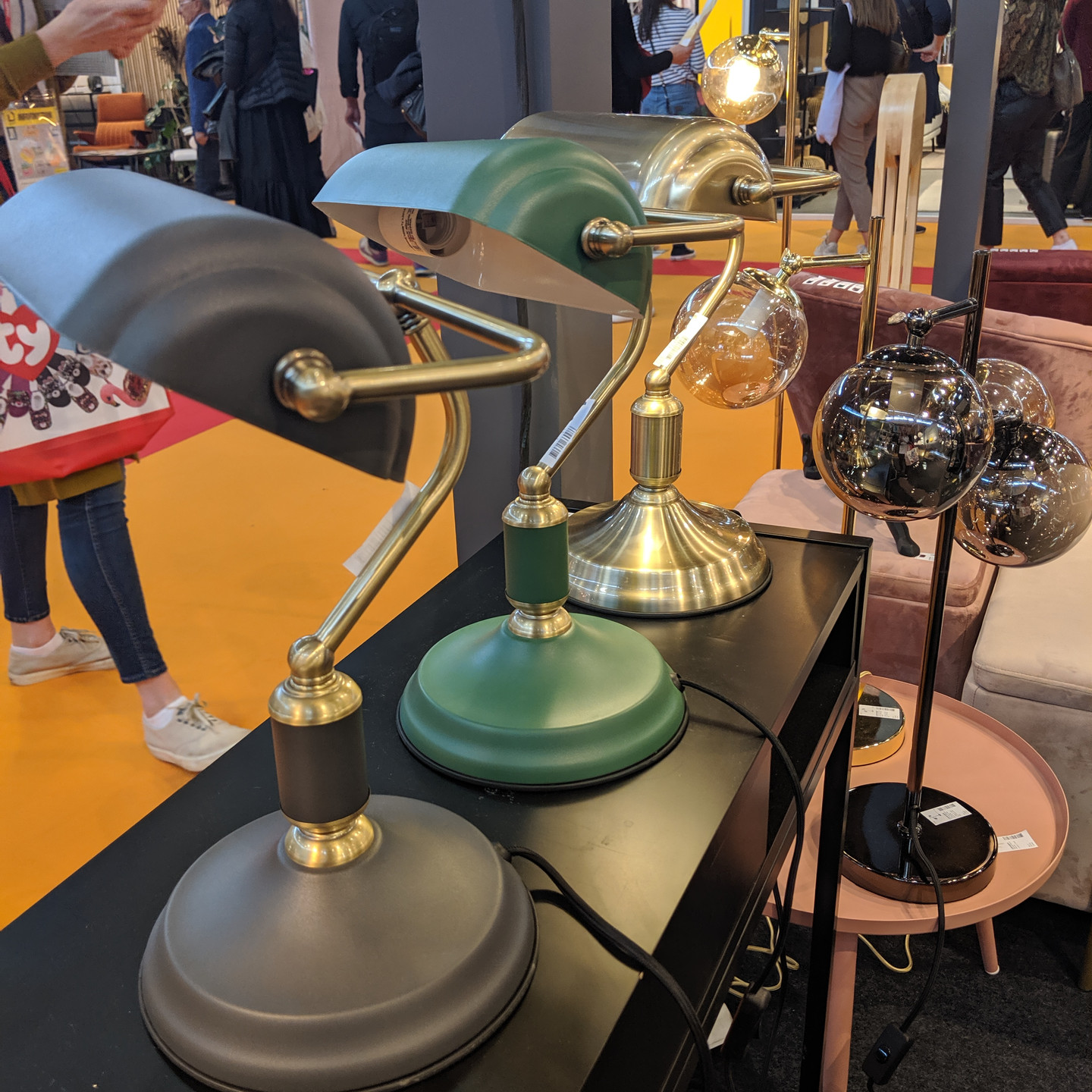 Vintage Style Desk Lamps in Assorted Colors