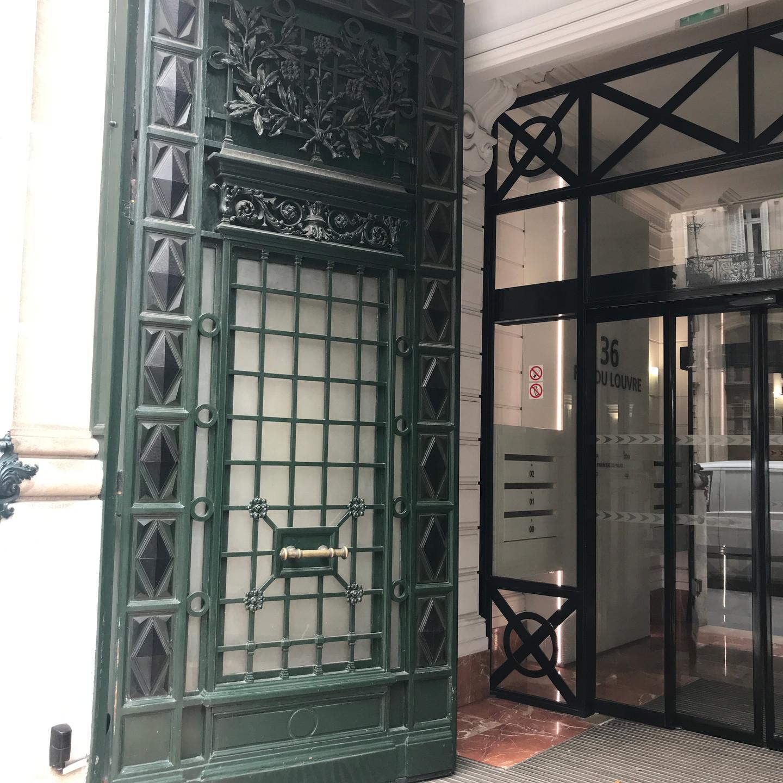 Green Door in Paris