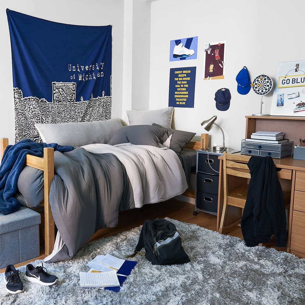 Dorm Study Space by Dormify
