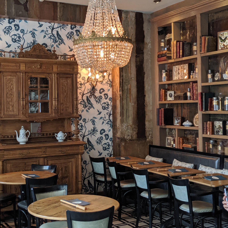 Le Cafe Plume in Paris