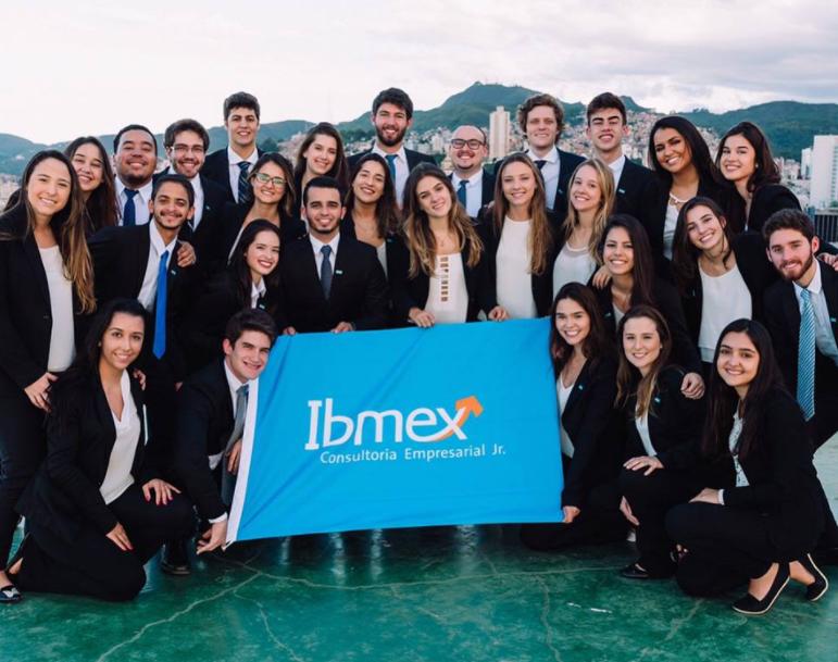 Foto da gestão da Ibmex Consultoria Empresarial Jr, empresa júnior focada em gerar resultados com excelência.