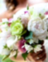 CT Wedding photo bride bouquet of flowers