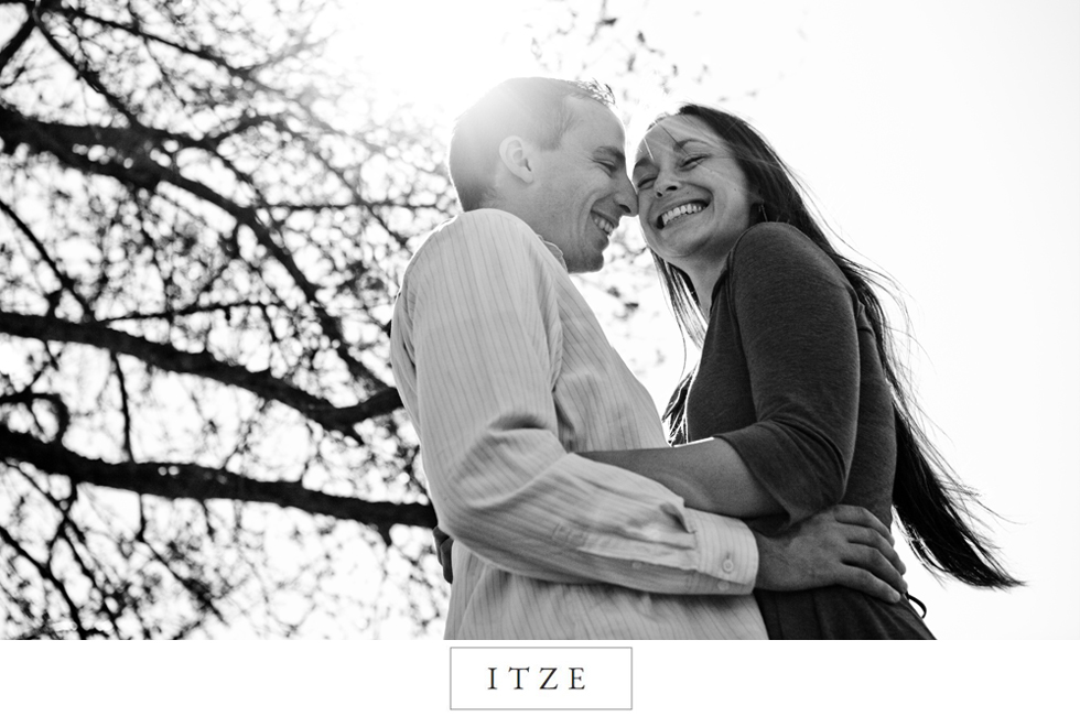 CT engagement photo Jonathan Edwards Winery