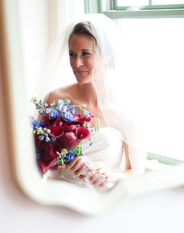 CT Wedding photo bride with flowers
