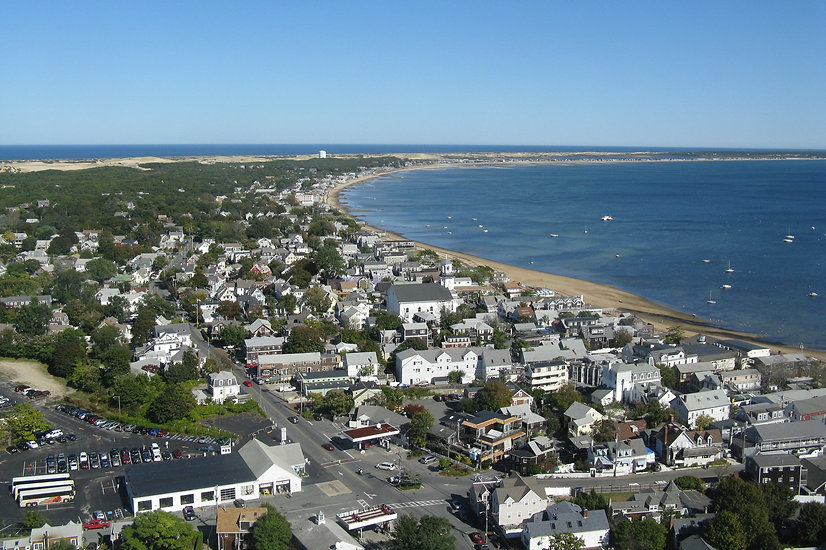 Provincetown_looking_east,_MA.jpg