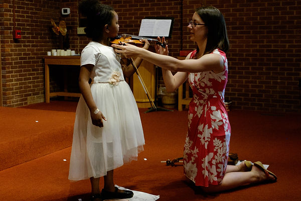 Violin Lesson with Chloe Groth Streetcar Suzuki Violin Studio New Orleans