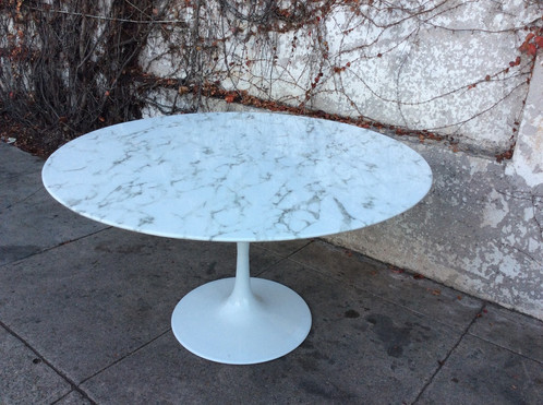 Tulip Dining Table In Faux Marble - Mid century marble dining table