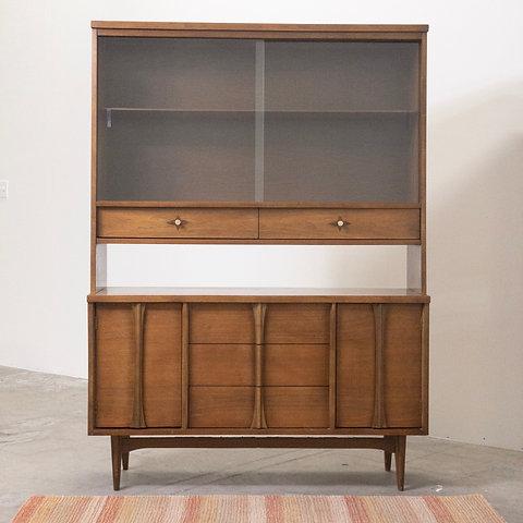 Bassett Furniture Walnut Mid Century Hutch