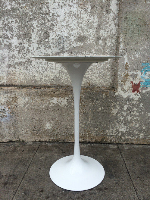 Tulip Bar Height Pub Table