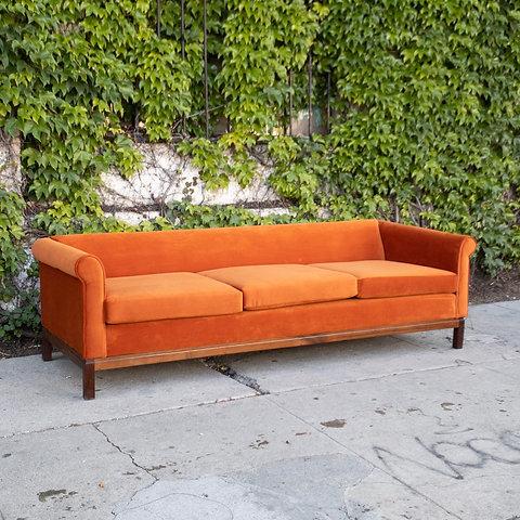 1960's Mid Century Modern Chippendale Sofa in Burnt Orange Velvet |  sunbeam-vintage