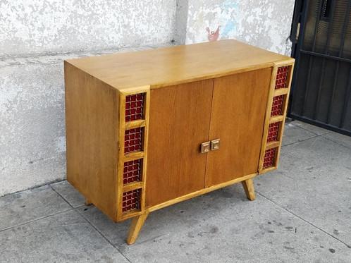 39 1/2 L X 18 1/4 D X 30 1/2 H Vintage Bar Cabinet