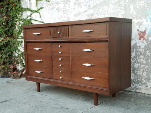Mid Century 6 Drawer Dresser