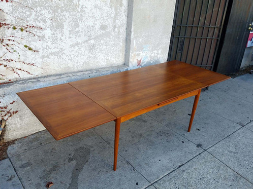 Vintage Teak Danish Modern Selig Dining Table - Teak dining table with leaf