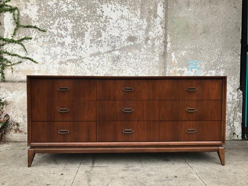 mid century vintage 9 drawer dresser