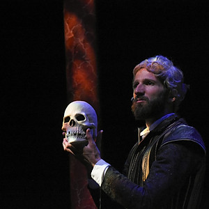 The Complete Works of William... - Assistant Director - Southwest Shakespeare Co