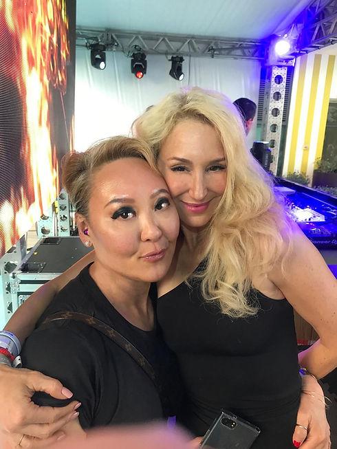 EMILY TAN & JES Brieden_Miami 2019_high