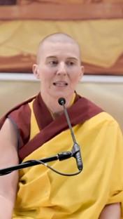 Un día de Dharma, un año de Dharma