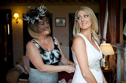 How to include your mum on your wedding day
