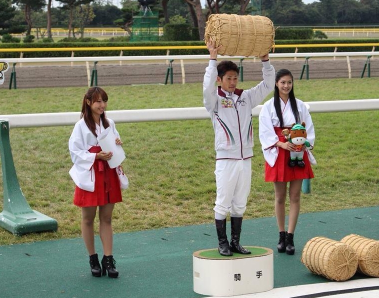 JRA新潟競馬場キャンペーンガール