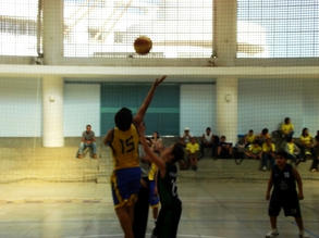 06mai2012_Sub-14_AEGB2_x_ColégioMarista_fotos_Cerradania-CláudioMarques05.JPG