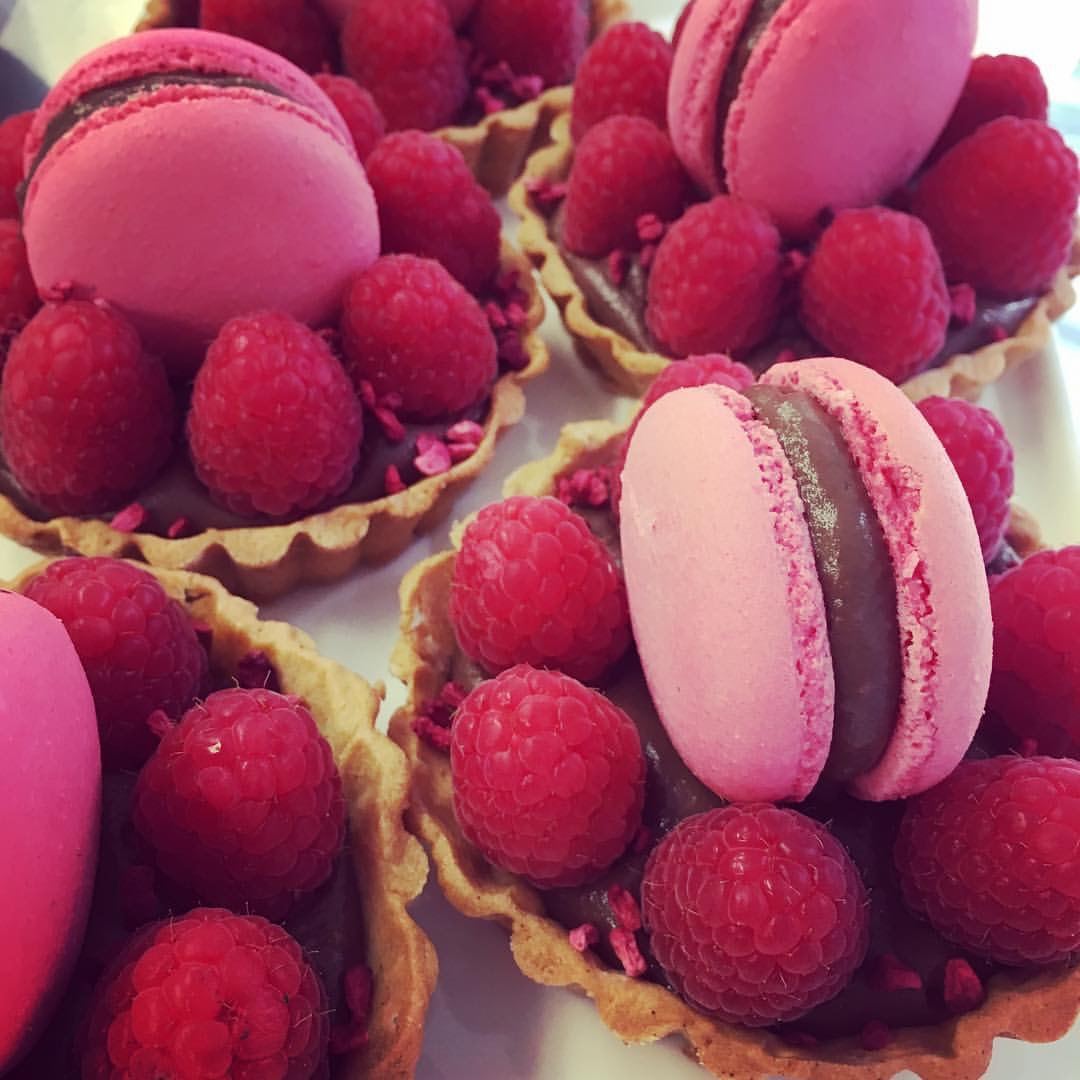 Raspberry & chocolate tartlets