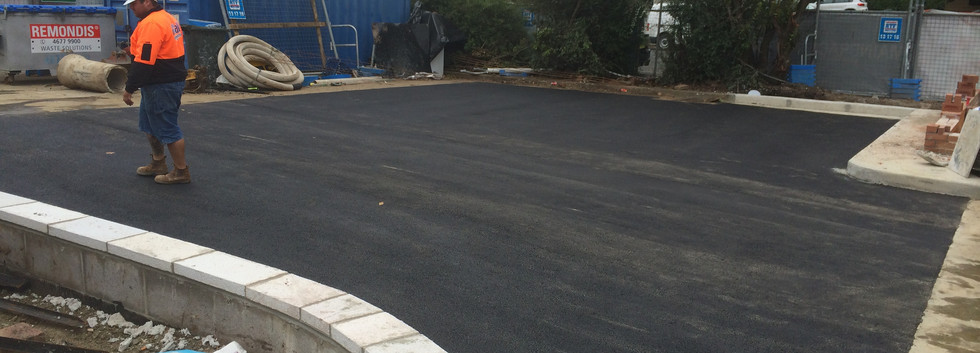 Asphalt and bitument laying and installation