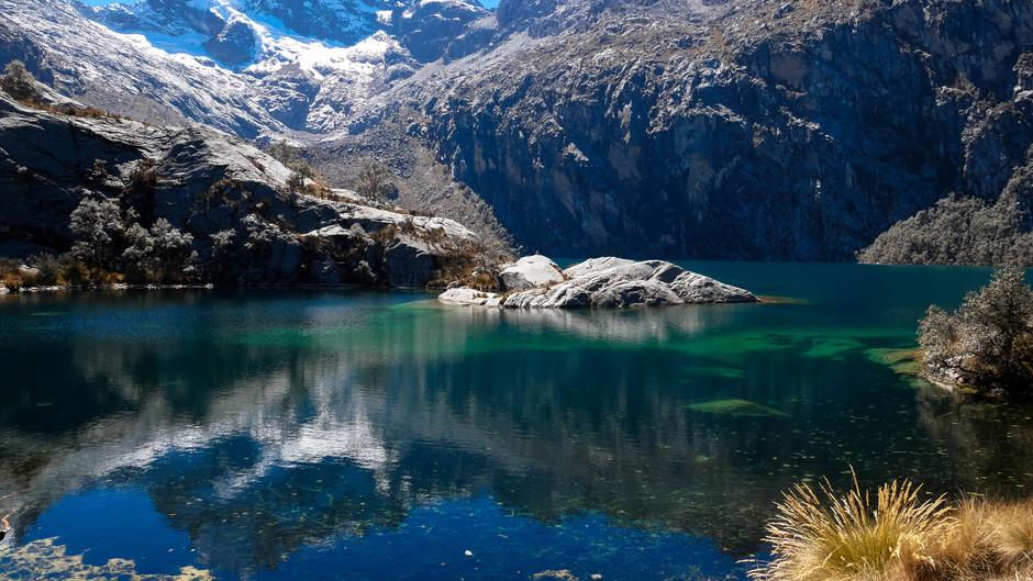 Laguna Churup - Day Hike No. 2 in the Cordillera Blanca