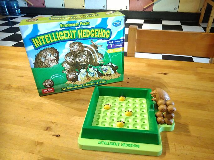 Intelligent Hedgehog