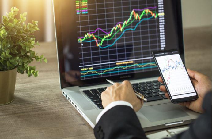 ¿Cómo calcular el ratio de riesgo de trading?