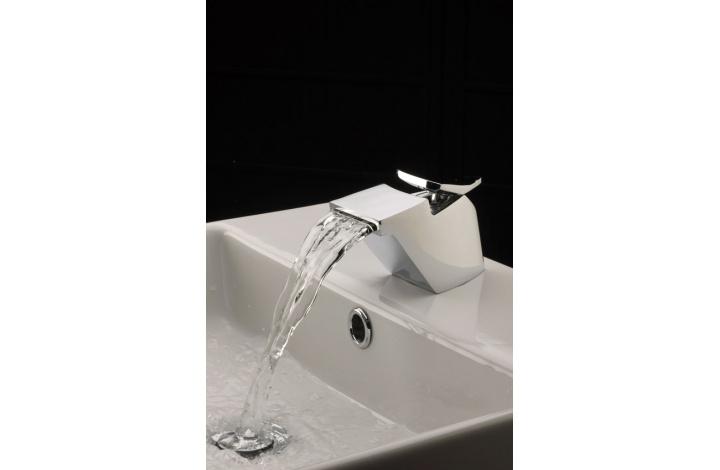 ambiente 2-grifo-lavabo-Galindo-mygod.jpg