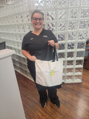 Congrats to Robin For winning the Tote Bag!