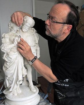 Restauration d'une statuette