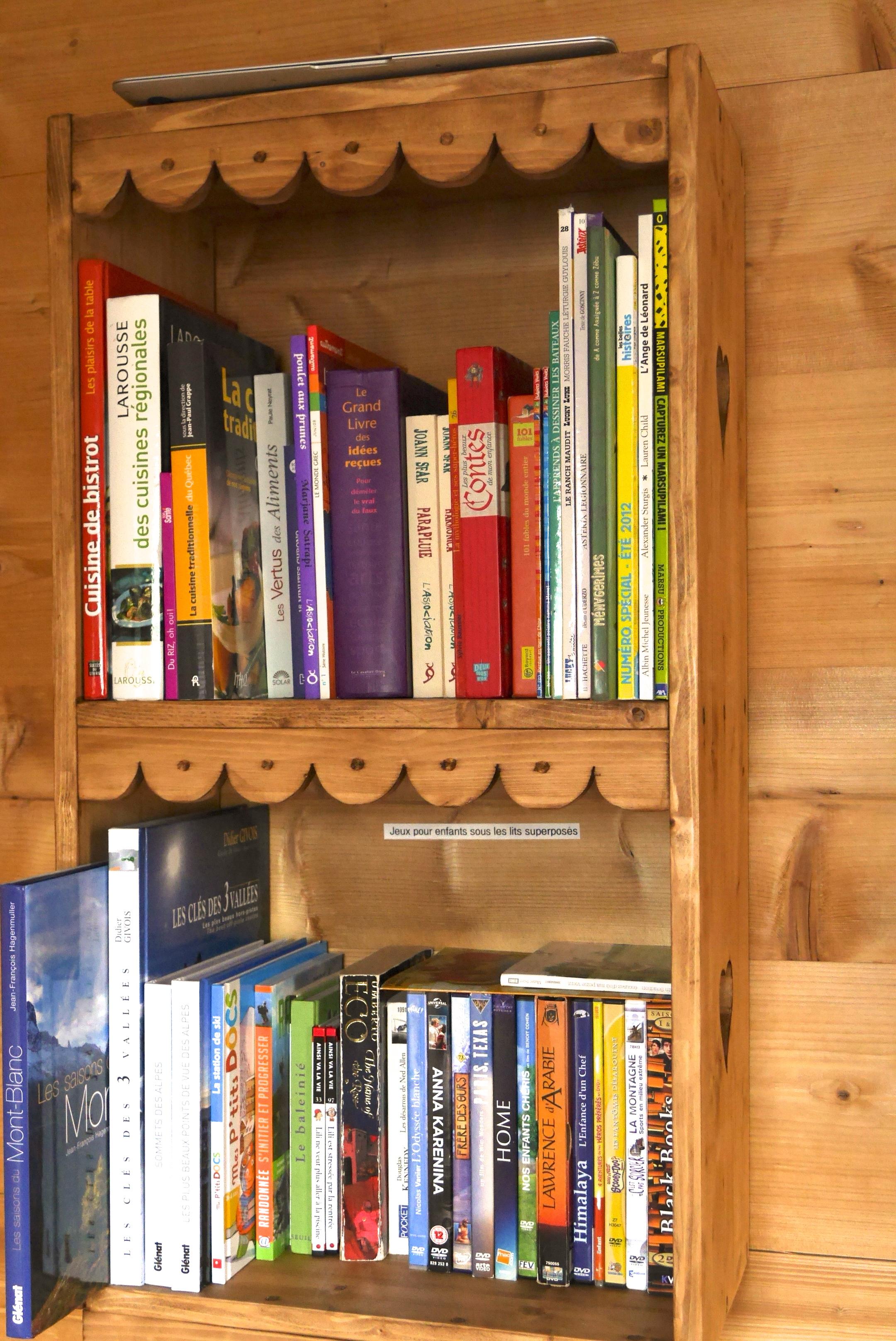 Bibliothèque adultes/enfants