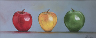 3 Apples.JPG