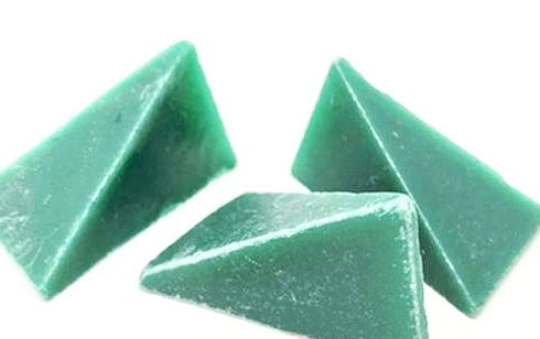 Green-Plastic-1_600x600_edited_edited.jpg