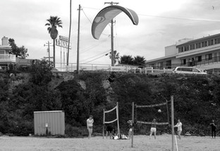 PARAGLIDER AND VOLLEYBALL