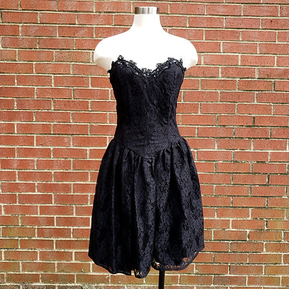 1980s Vintage Gunne Sax Black Lace Strapless Party Dress