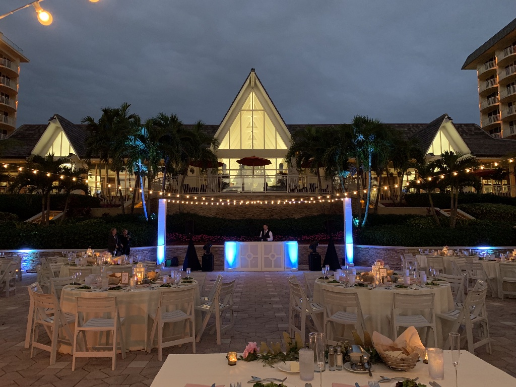 Wedding Lighting and Entertainment | Tiki Terrace - JW Marco Island
